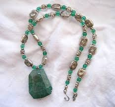 beaded necklace pendants images 39 green beaded necklaces green glass bead necklace jewellery jpg