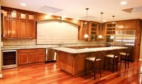 Hardwood Floors In Kitchen Hardwood Floor In The Kitchen Akioz