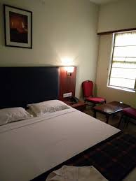 how to get lowest deals on hotels within india
