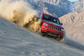 jeep grand cherokee trailhawk off road grand cherokee trailhawk wins four wheeler 2017 suv of the year