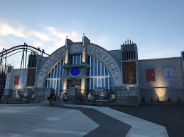 St Louis Six Flags Prices Justice League Battle For Metropolis Wikipedia
