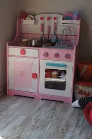 vertbaudet cuisine bois idee deco cuisinière jouet vertbaudet cuisinière jouet vertbaudet