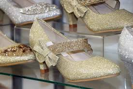 glamorous footwear blackburn market