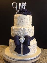 Wedding Cake No Icing No Icing Wedding Cake Idea In 2017 Bella Wedding