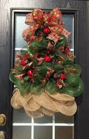 deco mesh tree with ornaments decomesh