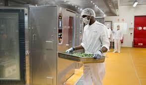cuisines centrales restauration en cuisine centrale elior