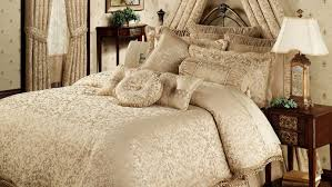 bedding set intrigue chenille ruffled flounce daybed bedding set