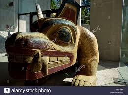 native haida gwaii artist bill reid carved wooden haida bear stock