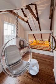 schlafzimmer mit dachschrge gestaltet schlafzimmer ideen mit schrä kogbox