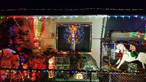 these honolulu homes are seriously decked out for christmas