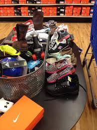 academy sports and outdoors phone number academy sports outdoors 50 photos 49 reviews sports wear