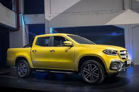 mercedes pickup a mercedes benz pickup truck x class unveiled news cars com