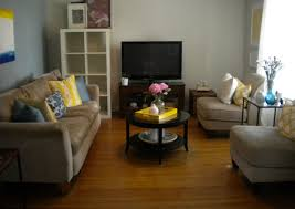 Blue And Brown Living Room by Navy Blue Yellow Living Room Add A Blue Rug And Yellow Curtains