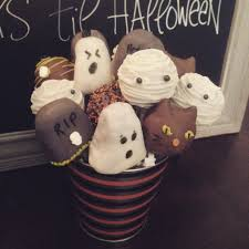 Halloween Ice Cream Cake by Halloween Is Coming Get Your Spooky Treat Orders In Soon