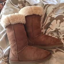 josie ugg boots sale 64 ugg boots authentic chestnut ugg boots sz 8 from