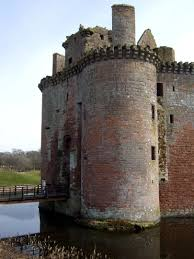 caerlaverock castle the castles of scotland coventry goblinshead