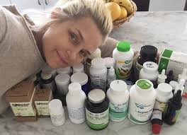 where dod yolana get lime disease check out this yolanda foster timeline