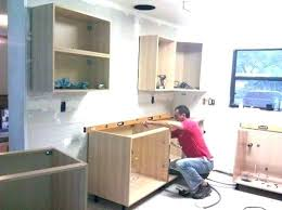how to demo kitchen cabinets removing kitchen cabinet upper kitchen cabinet removing kitchen
