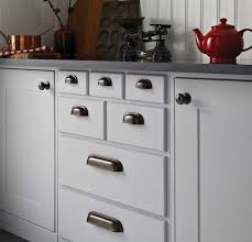 Furniture Remodeling Your Cabinets With Cabinet Knob Placement - Kitchen door cabinet handles