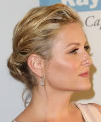 does kate capshaw have naturally curly hair jessica capshaw chignon chignons and grays anatomy