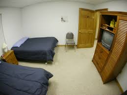 Nascar Bedroom Furniture by Bristol Race Lodging Less Than One Mile From The Track Bristol