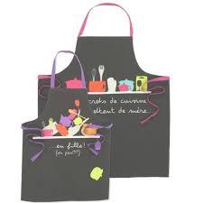 tablier de cuisine homme rigolo tablier de cuisine fleuri chic pour femme cuisine et service de