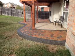 How To Lay Patio Pavers On Dirt by Best 25 Concrete Slab Ideas On Pinterest Concrete Deck