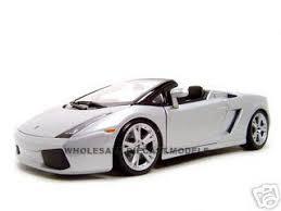 lamborghini gallardo spyder white gallardo spyder silver 1 18 diecast model car maisto 31136