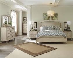 Hollywood Bedroom Set by Glamorous Bedroom Design Part 10