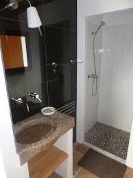 mini salle d eau dans une chambre chambre salle d eau bains salle deau sous les