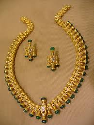gold antique necklace set images Gold and diamond jewellery designs traditional indian antique JPG