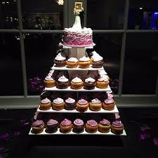 your unique elegant cincinnati wedding cake