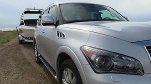 compare infiniti qx56 and lexus lx 570 2012 infiniti qx56 put to the 0 60 mph towing test youtube