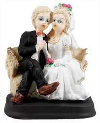 cute wedding doll statue of plaster of paris 3 5 x 3 x 2 5 inches