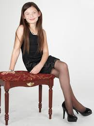 preteen girl modeling teen girl fashion modeling stock photo image of leggy 32366064