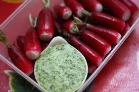 cuisiner des radis radis beurre aux fanes de radis