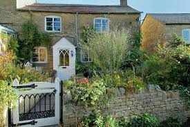 The Cotswolds Cottages by Character Cottages Announces The Launch Of