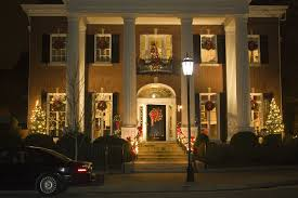 decorating historic homes america s most historic holiday home tours architectural digest