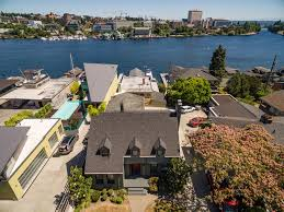 ivar haglund u0027s former waterfront compound listed for 5 million