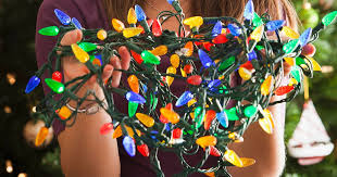 how to untangle christmas lights six top tips on stress free