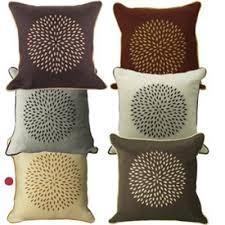 coussin décoratif pour canapé housse de coussin beige et marron housses de coussin objets de
