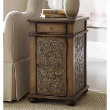 Trunk Bedside Table by The Guideline To Build Rustic Trunk Nightstand Home Design By John