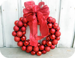 Easy Home Made Christmas Decorations by 6 Dollar Wire Hanger Christmas Ornament Wreath And Bow Tutorial