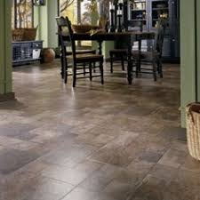 reminds me of the slate floor in our old farmhouse beautiful