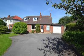 east road bridport dorset dt6 4 bedroom bungalow under offer