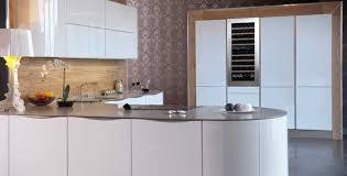 cave a vin encastrable cuisine armoire à vins pourquoi s en servir comment la choisir le