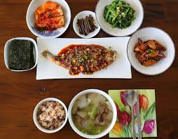 Informal Table Setting by A Typical Korean Homestyle Table Setting Maangchi Com