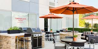 Backyard Grill Chicago by Towneplace Suites By Marriott Announces Weber Grill Partnership