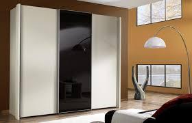Schlafzimmerschrank Schwarz Schwebetüren Kleiderschrank In Schwarz Weiß Swift