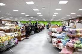 autour de b b siege social le magasin babylux à comines belgique magasin bébé puériculture